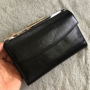 El Portal genuine leather wallet/clutch